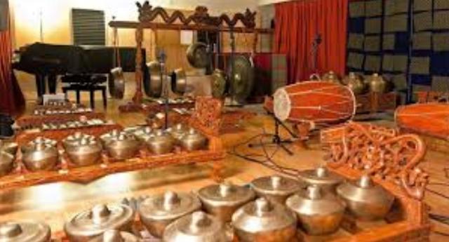 Isi Pengertian Seni Musik Tradisional