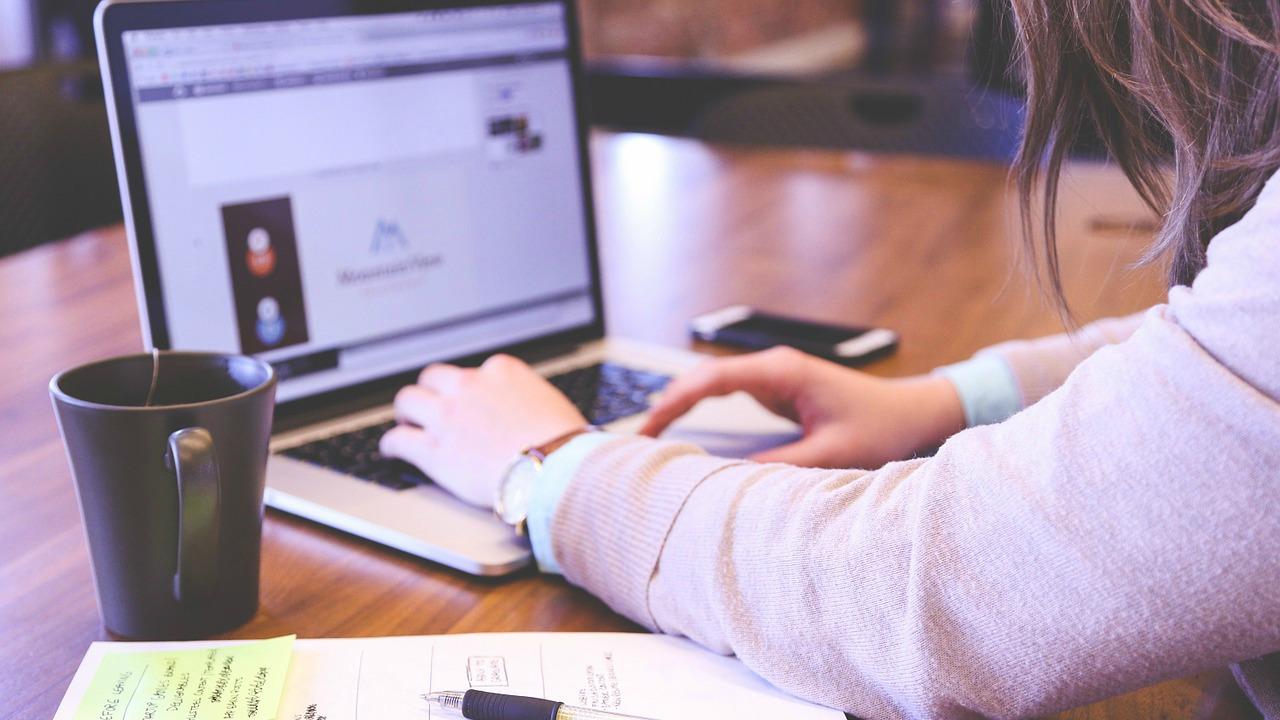 Como posso ser um redator freelancer?
