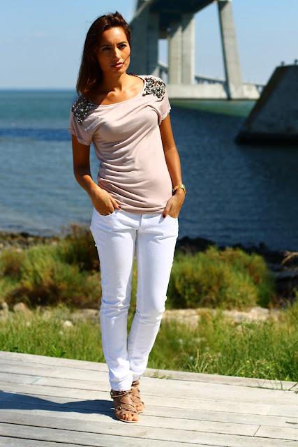 T-shirt – Mango Jeans – Mango Sapatos Shoes – Aldo Relógio Watch – Casio bfaf06be75