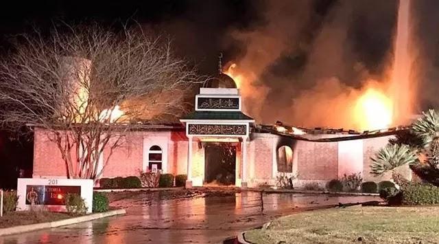 Amerika Serikat Texas Masjid Terbakar Perintah Eksekutif Donald Trump
