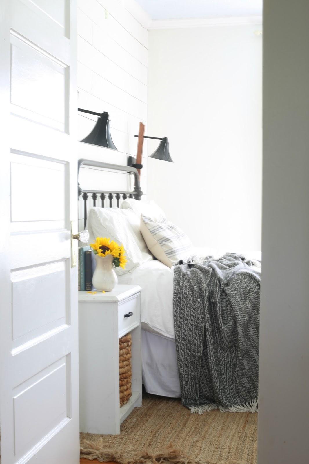 summer farmhouse decorating bedroom shiplap