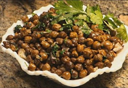 Sukhe Kala Chana Sabzi Recipe