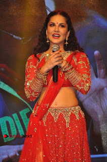 Bollywood Actress Model Sunny Leone Dance Performance in Red Half Saree at Rogue Audio Launch 13 March 2017  0054.jpg