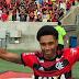 Ex-atacante do Inter é anunciado pelo Flamengo e já pode estrear contra o Grêmio