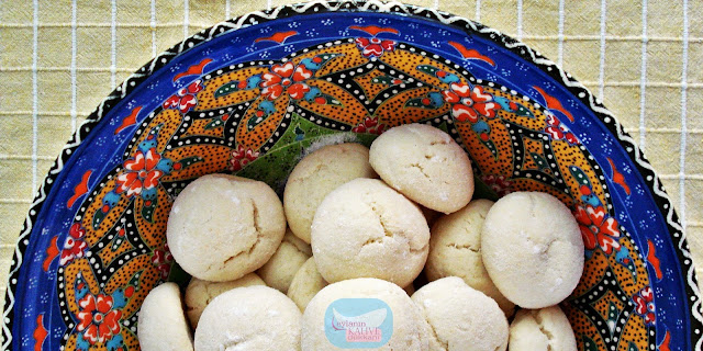 pudra-şekeri-mantolu-nişastalı-kurabiye
