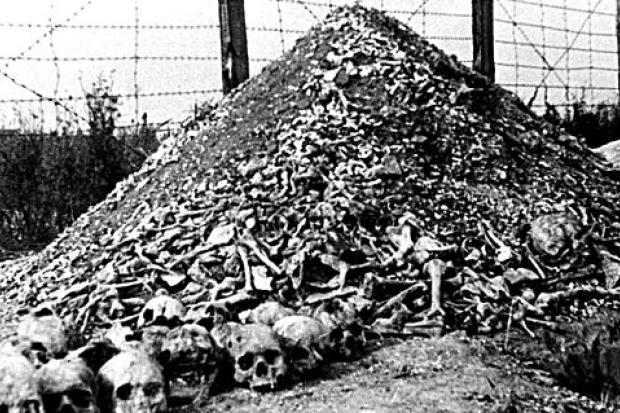 Senado polaco aprova lei polêmica sobre Holocausto