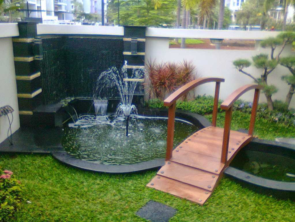 Desain Taman Kolam Air Mancur Minimalis Gaya Jepang Rumah