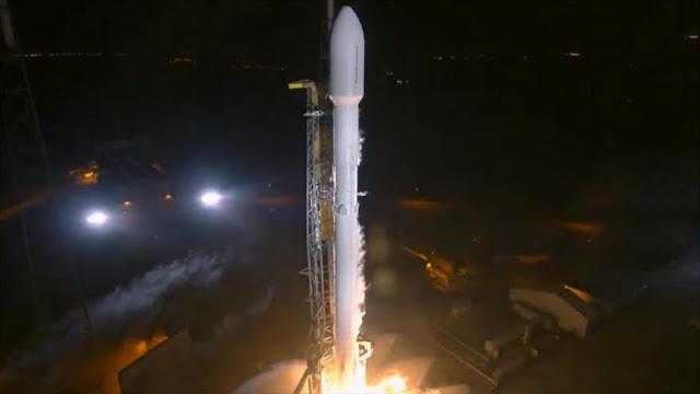 EEUU envía a la órbita nave espacial Zuma con contenido secreto