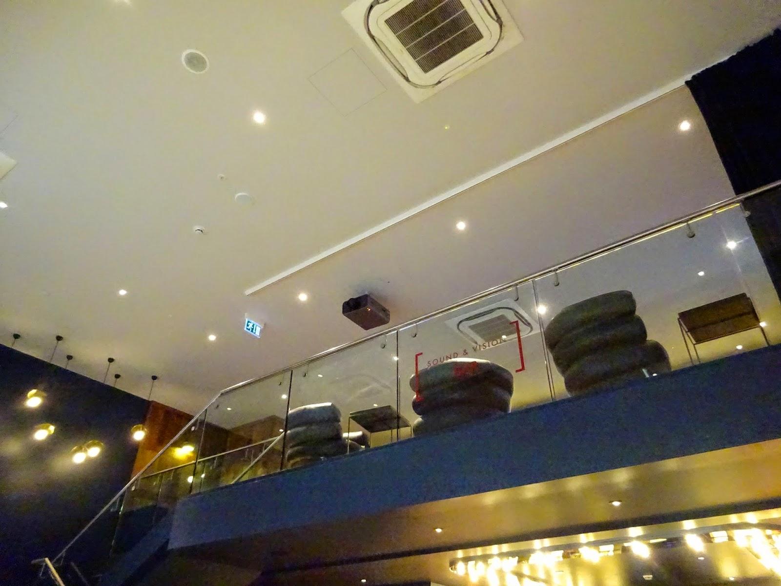 eroottista hierontaa tampere kinopalatsi helsinki osoite