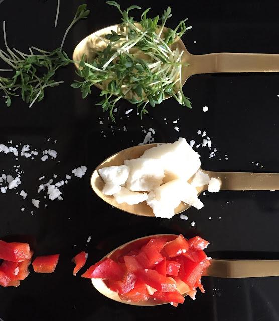Feuriger Kokosnuss-Aufstrich, glutenfrei, vegan, bio, einfach, schnell, Rezepte, Blog, Minimalismus, Rezeptinspiration, Rezepte für jeden Tag, gesund und lecker, Rezeptideen, schnelle Rezepte, was nur kochen, healthy, Fingerfood, Gemüse, Herbstzeit, Bratlinge, ohne Weizen, Aufstriche, Brot, Brotrezept, bread, Dip, fit, backen