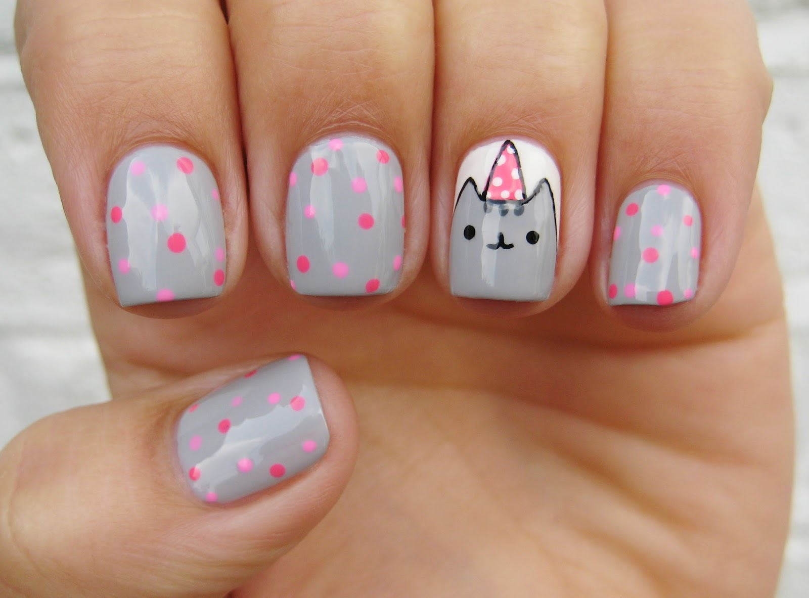 Dahlia Nails: Birthday Pusheen