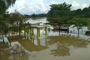 Banjir Tahunan Rendam Taman Tanggo Rajo