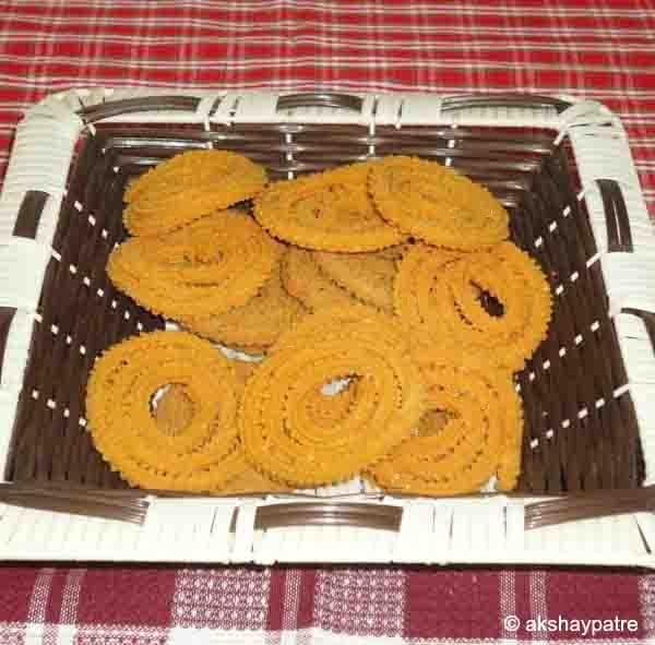 chakli is ready tos erve