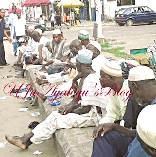 Meet Lagos Beggar With 3 Wives, 31 Children As Beggars' Union Where Members Pay Levies, Lobby For Locations EXPOSED
