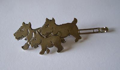 métal niquelé-métal teinte argenté - grande barrette chien térrier