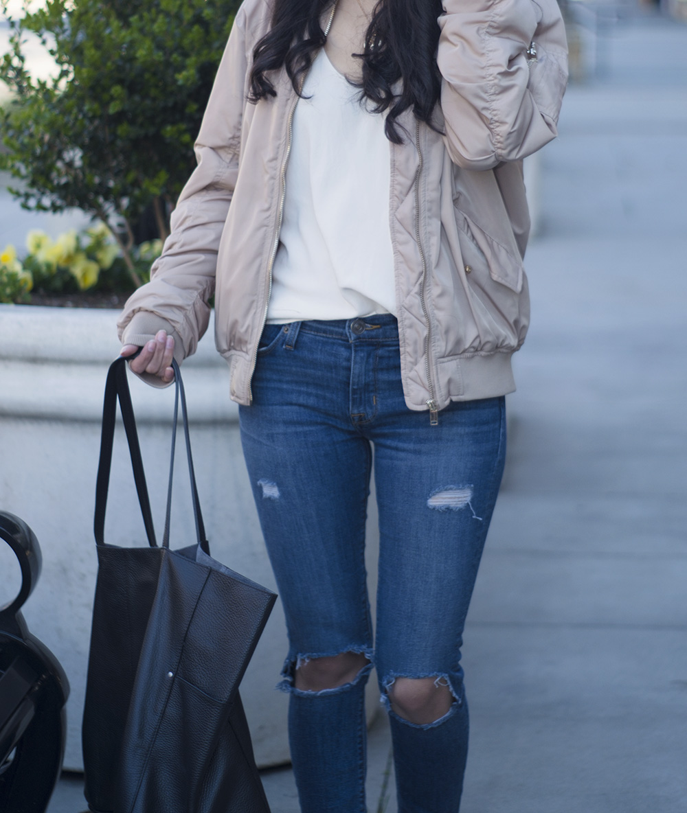 beige bomber jacket outfits