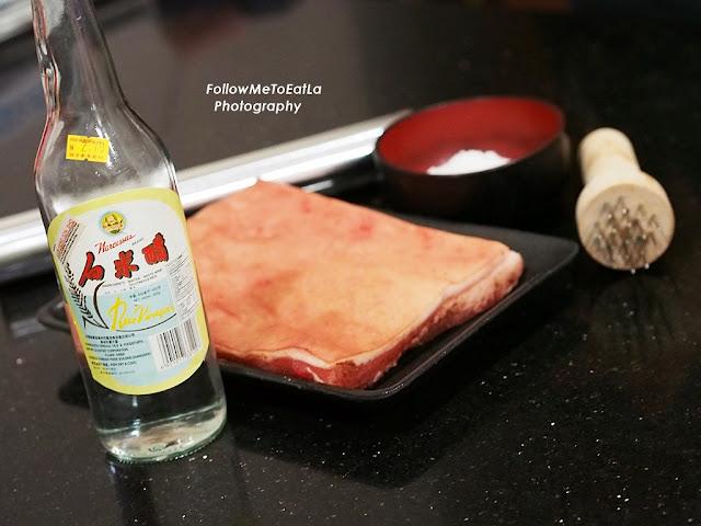 White Vinegar, Pricking Tool, Coarse Salt & Aluminium Foil