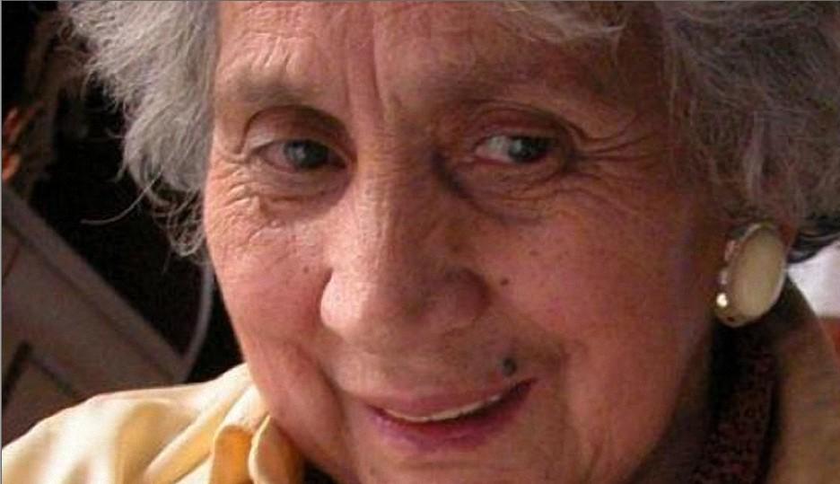 El Muerto    : La emoción de la abuela