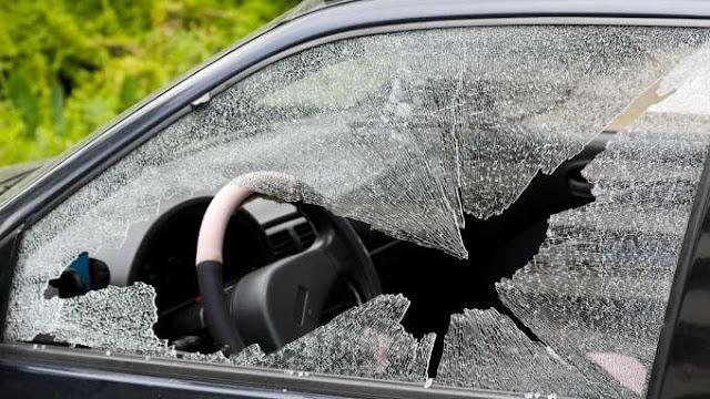 زجاج السيارة الكهربائي