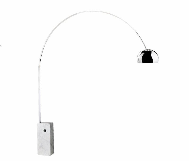10 lámparas clásicas del diseño industrial, Lámpara de suelo Arco, Achille y Pier Giacomo Castiglioni