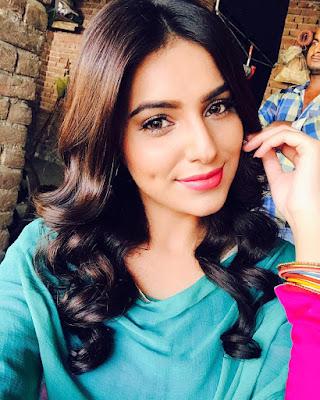 Bhojpuri Actress Ginni Kapoor
