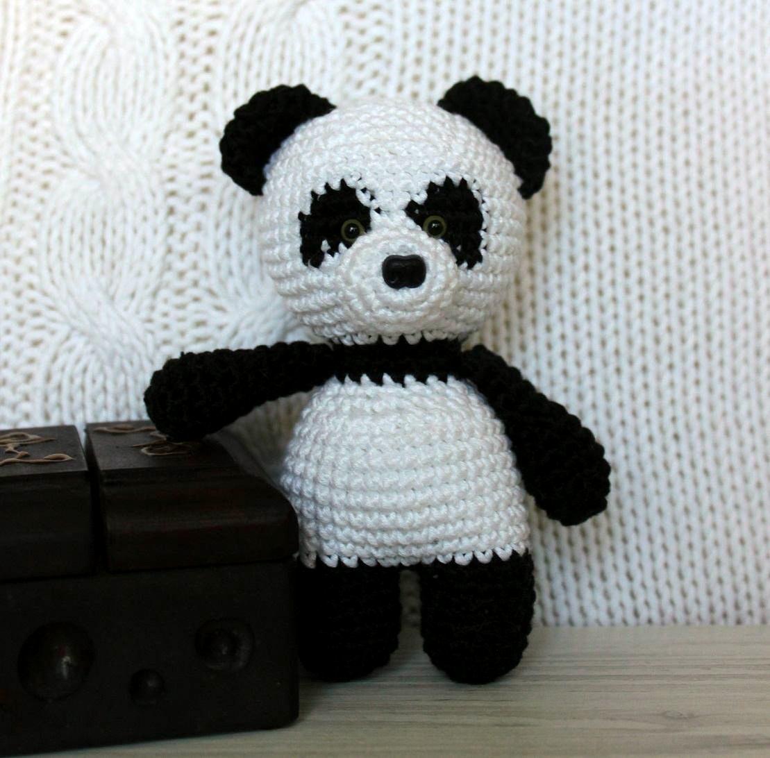 Панда вязаная игрушка амигуруми крючком