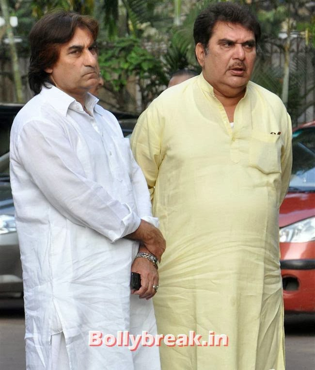 Raza Murad, Celebs at Farooq Sheikh Prayer Meet