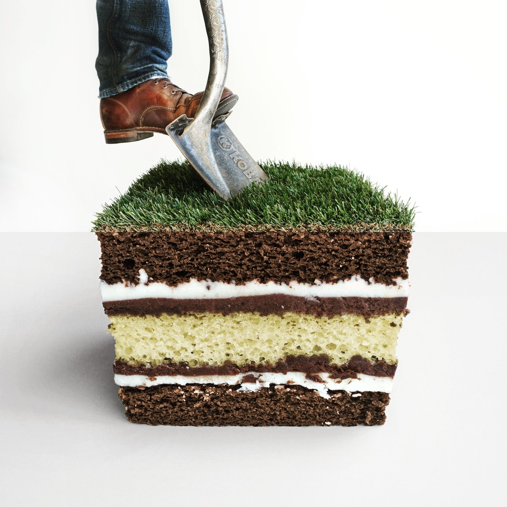 11-Turf-Cake-Stephen-Mcmennamy-Mash-up-Photographs-with-Combophotos-www-designstack-co