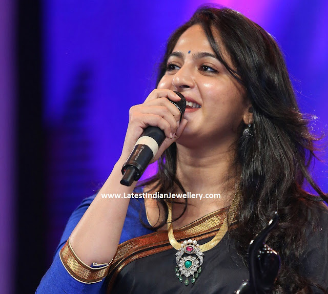 Anushka Shetty at Filmfare Awards
