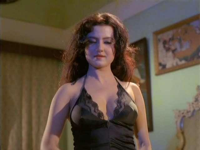 Veerana Jasmine in black gown