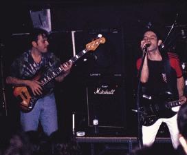 Τα Ξύλινα Σπαθιά - Ροκ συγκρότημα