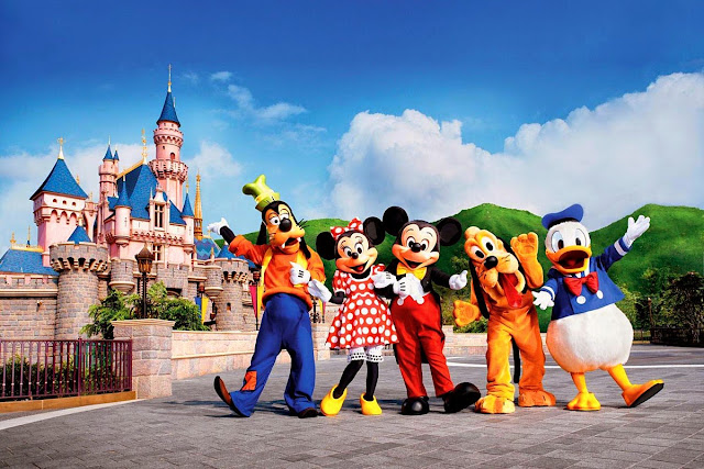 Hong Kong Disneyland Resort Launches Travel Industry Salute