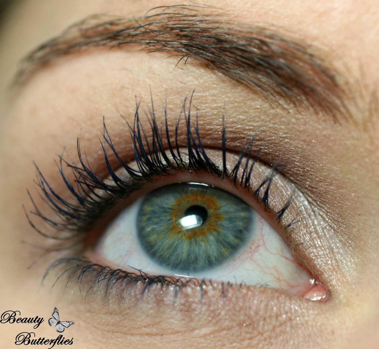 Blaue Wimperntusche Review Manhattan Eyemazing Curves Und Deep Blue Mascara Beauty