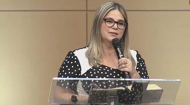"""Ameaçada de morte, Marisa Lobo denuncia: """"É assim que o marxismo e a esquerda trabalha, ameaçando"""""""