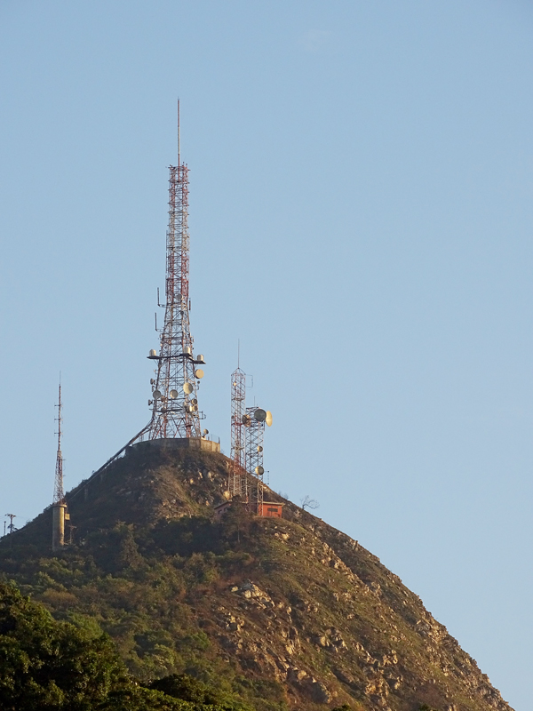 Pico do Papagaio (1.127 metros)