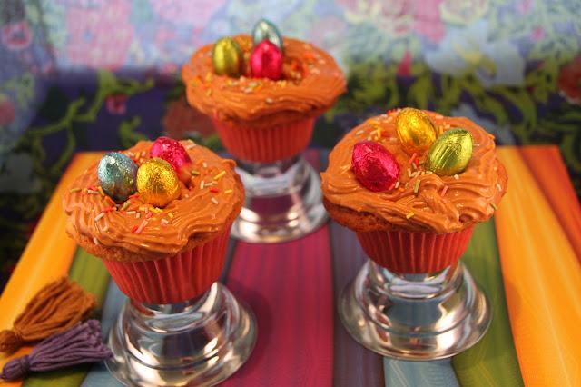 cupcakes-de-pascua, cupcakes-con-sorpresa