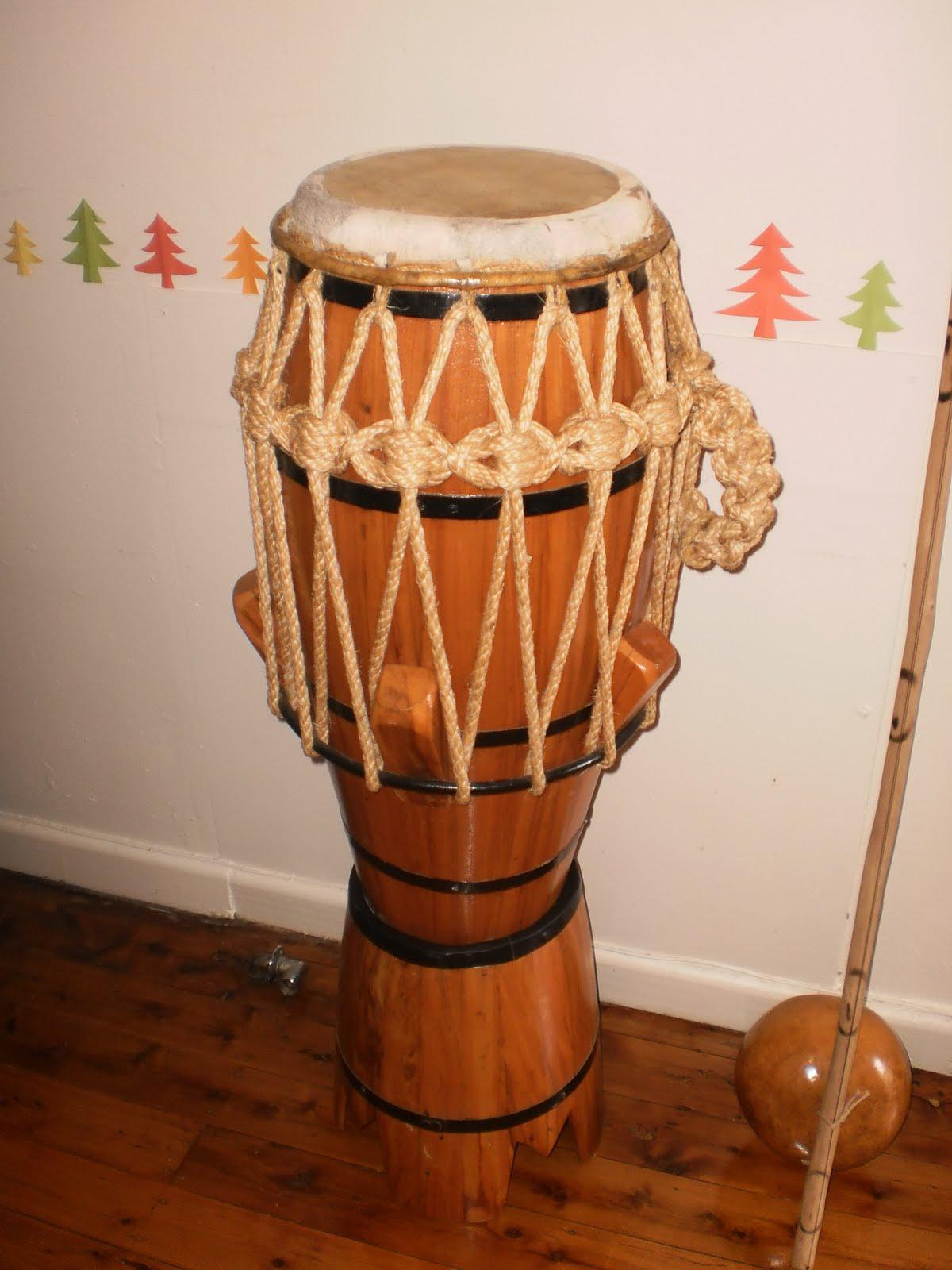 aberr capoeira instrumentos venda instruments to sell. Black Bedroom Furniture Sets. Home Design Ideas