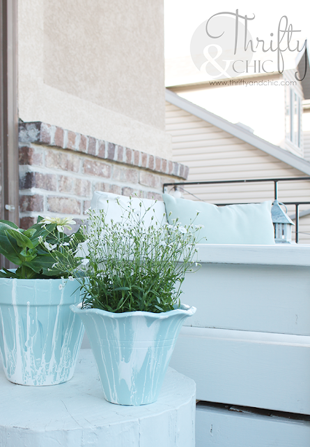 Paint Pouring on terracotta pots. DIY patio or porch decor and decorating ideas