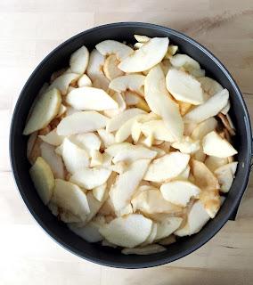 Gâteau invisible pommes cannelle poires chocolat amandes