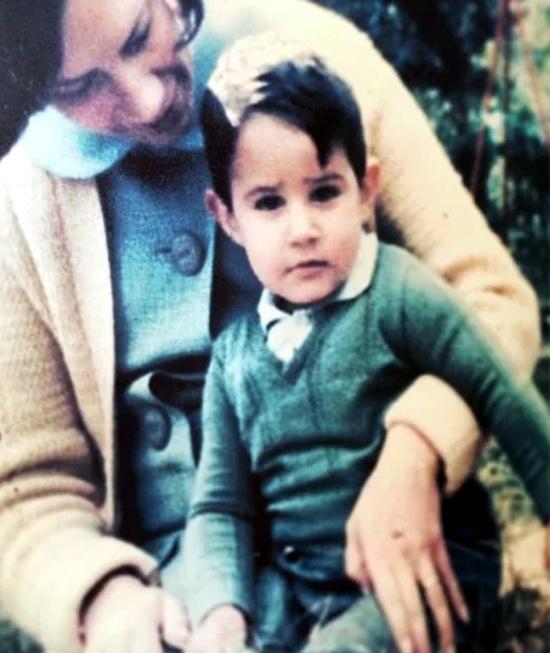 Fotos do jornalista William Bonner quando era criança