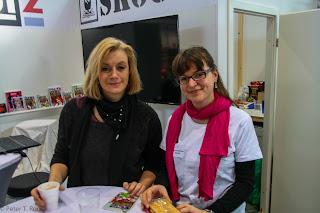 Am Skoutz Stand mit Susanne Halbeisen