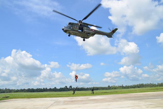 Prajurit Batalyon Komando 465 Paskhas Gelar Latihan Combat SAR