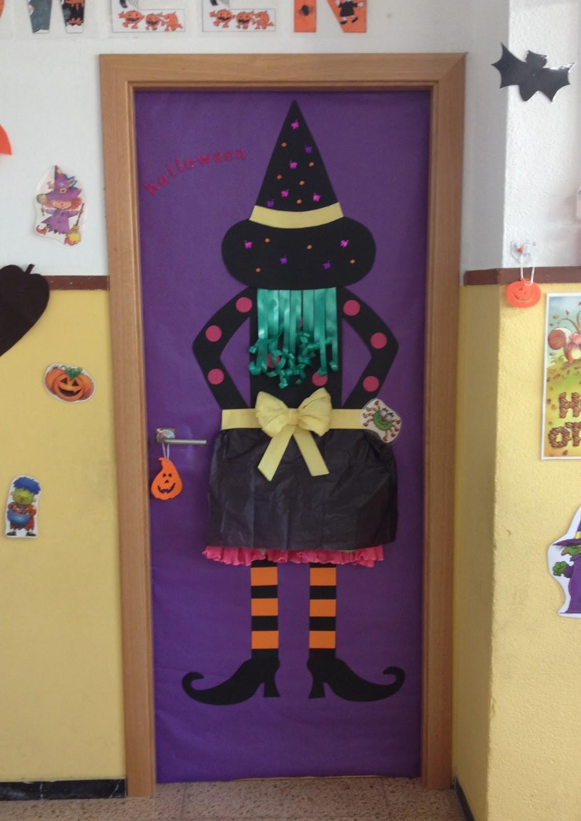 Purple cinnamon decoraci n para la puerta for Decoracion de puertas de dia de muertos