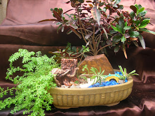 Landscaped plant tray