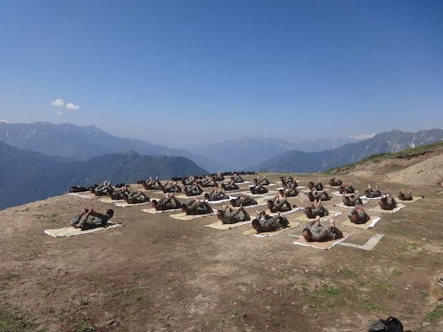 Йога - краеугольный камень боевой подготовки индийских военных