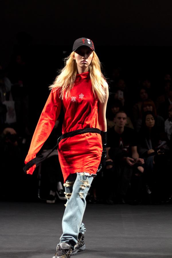 R Shemiste, ji soo, seoul, fashion week, korean fashion, grunge, runway review, fall winter 2016
