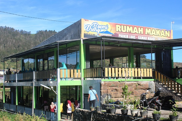 gambar restoran boemi dieng tampak depan