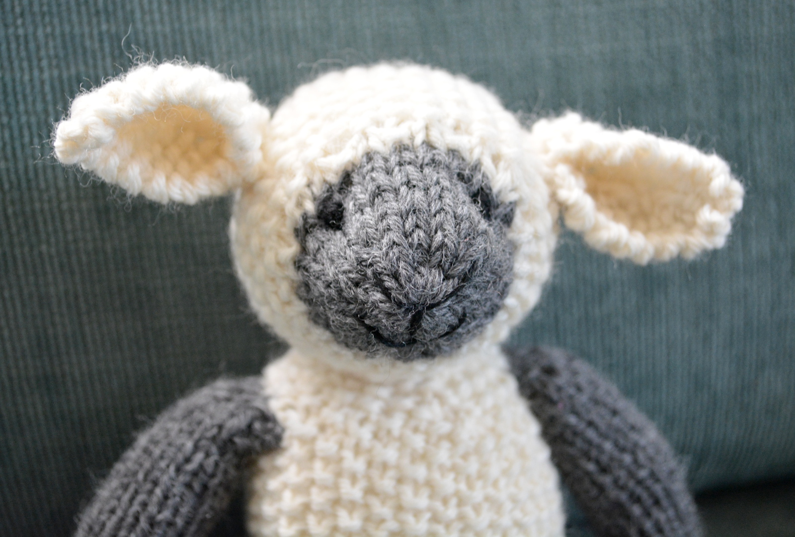 cozy birdhouse | little knit lamb