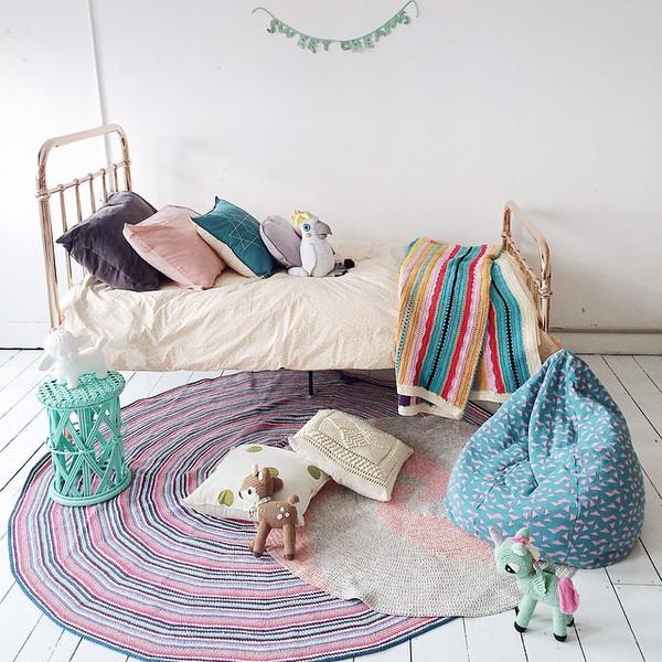 decoracio%25CC%2581n%2Binfantil tejidos - Decoración infantil muy colorida tejida a crochet