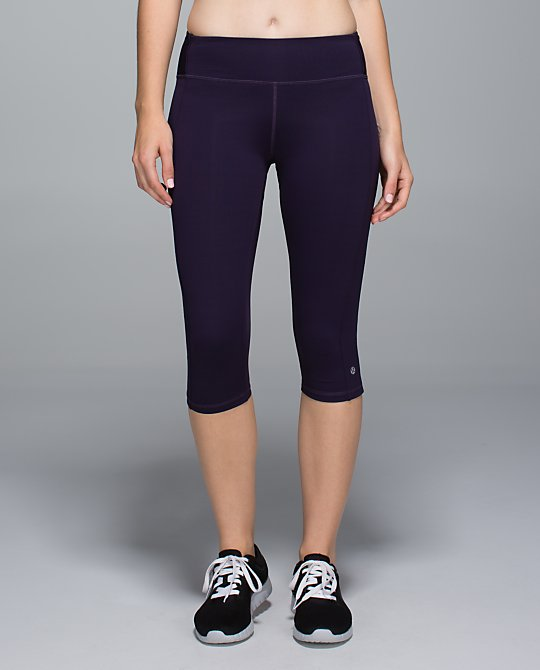 lululemon clip in crop grape